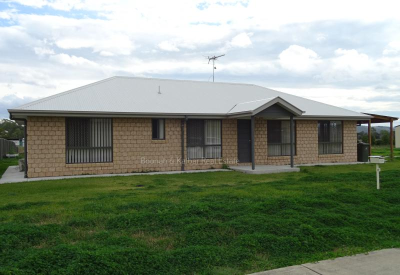 As-new home on serviced acre