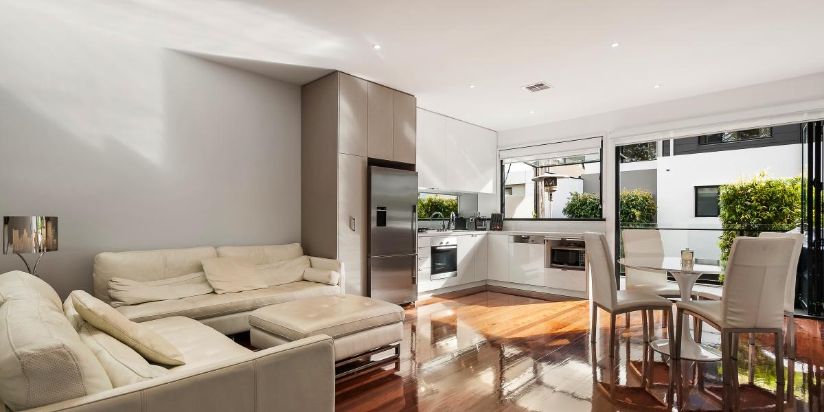 Spacious, Stylish and Sophisticated Entertainer