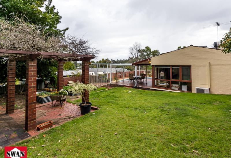 LAST CHANCE! Home open this Sunday 11.15 to 11.45 or call for a private viewing!